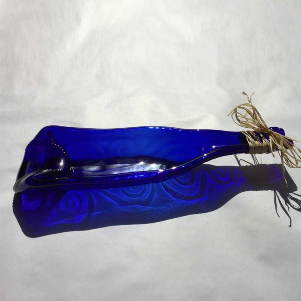 Recycled wine bottle olive dish. A fused glass olive dish made from a recycled wine bottle 2