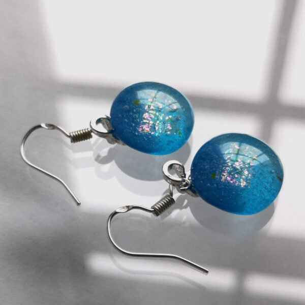 Iridescent sea blue fused glass earrings 3